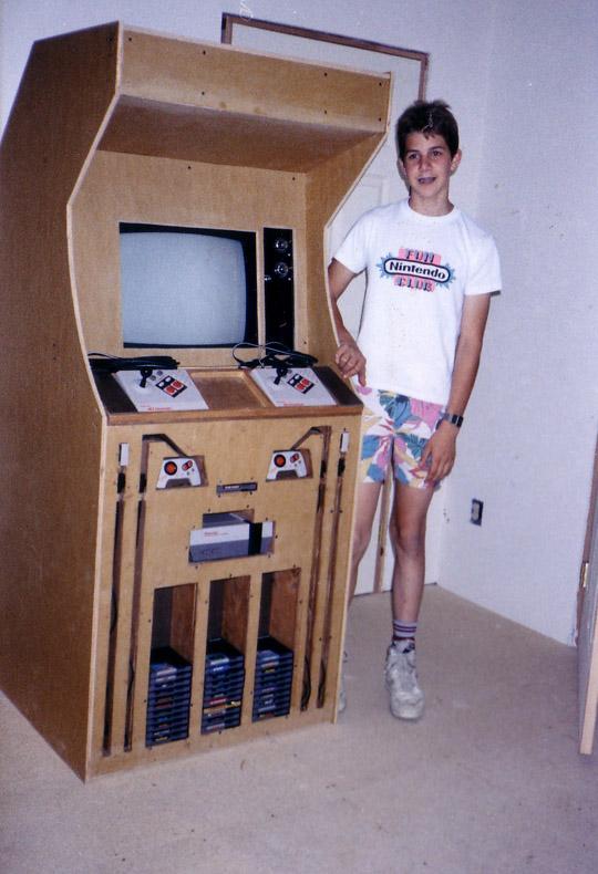 IMAGE(http://pics.fort90.com/journal/NEScabinet.jpg)